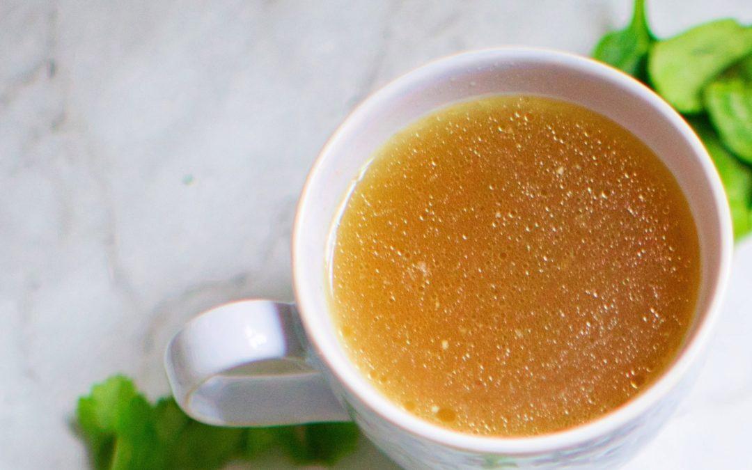 Le bouillon thérapeutique : ses bienfaits, la recette.