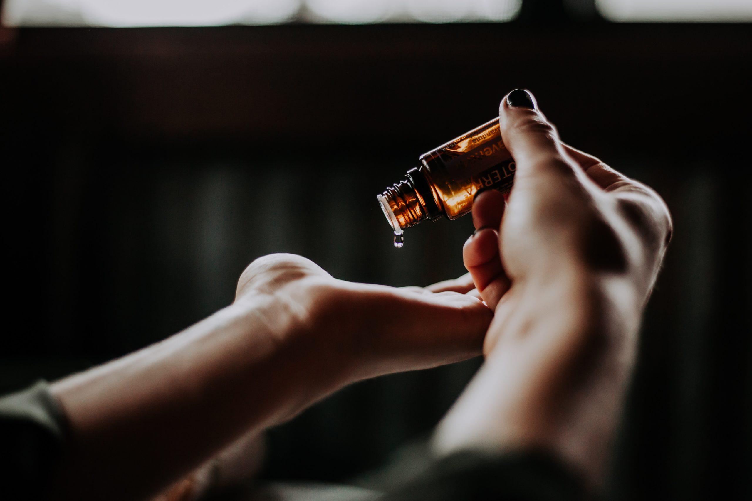L'huile essentielle d'épinette noire est idéale en cas de fatigue surrénalienne