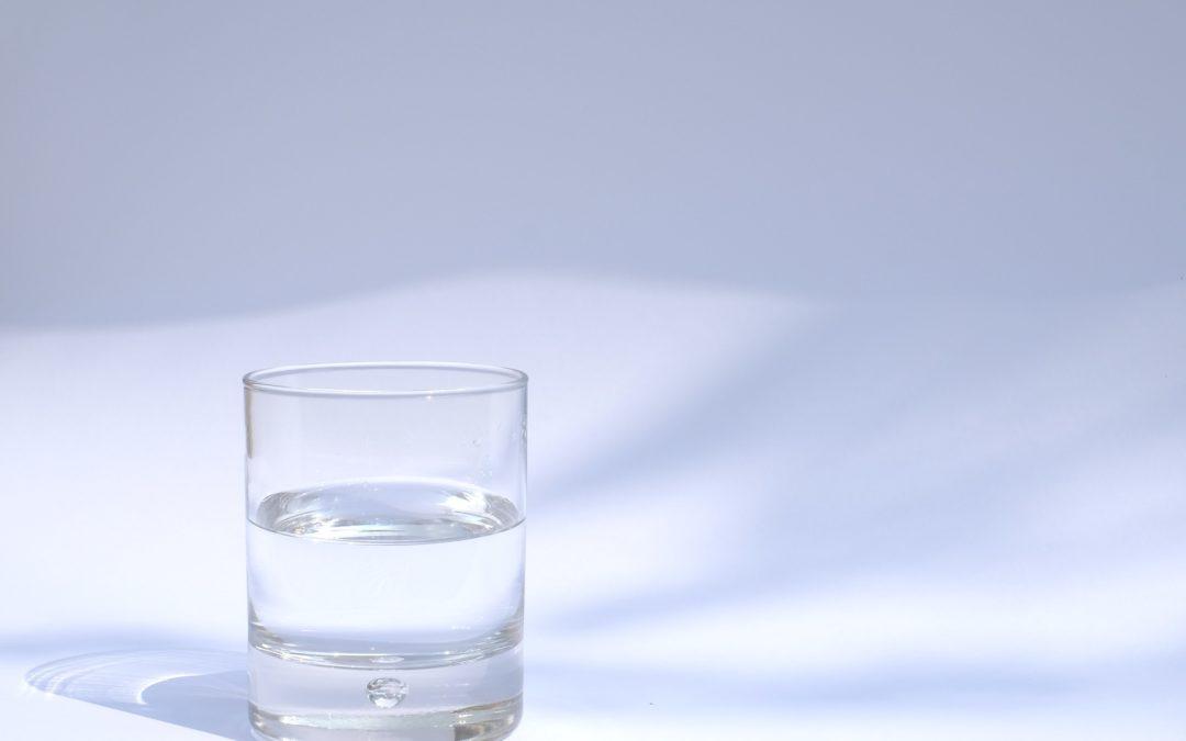10 signaux qui révèlent que vous êtes déshydraté(e)