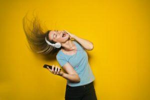 Bougez sur sa musique préférée permet de faire le plein d'énergie !